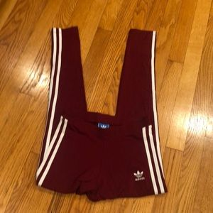 adidas Pants - ADIDAS EUC MAROON STRIPED LEGGINGS